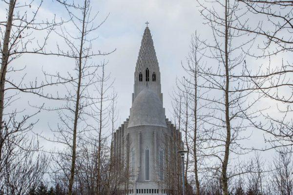 Backside of Hallgrímskirkja-12